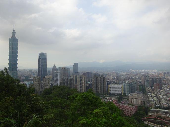Gesamtes Taiwan Selbstfahren Mit Mietwagen